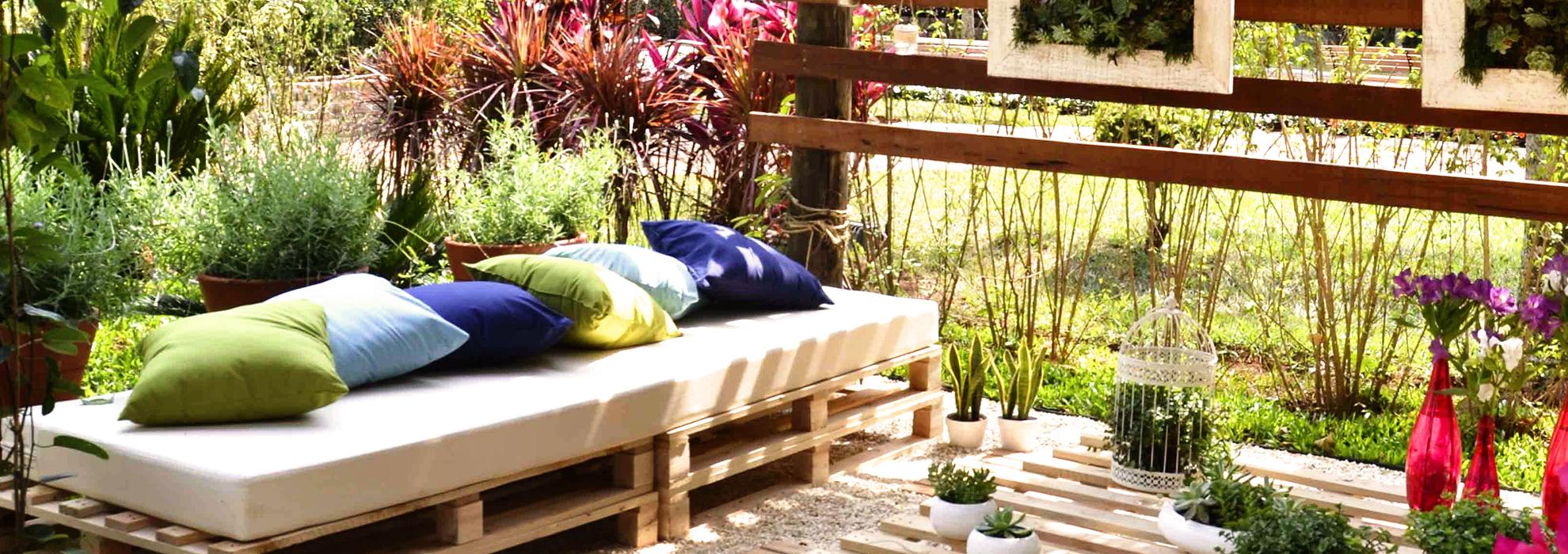 Perfect giardino idee darredo per lestate with idee per for Decorazione giardini stile 700