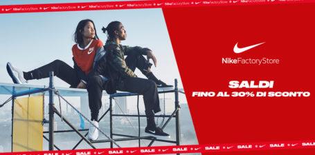 Saldi nel Nike Factory Store